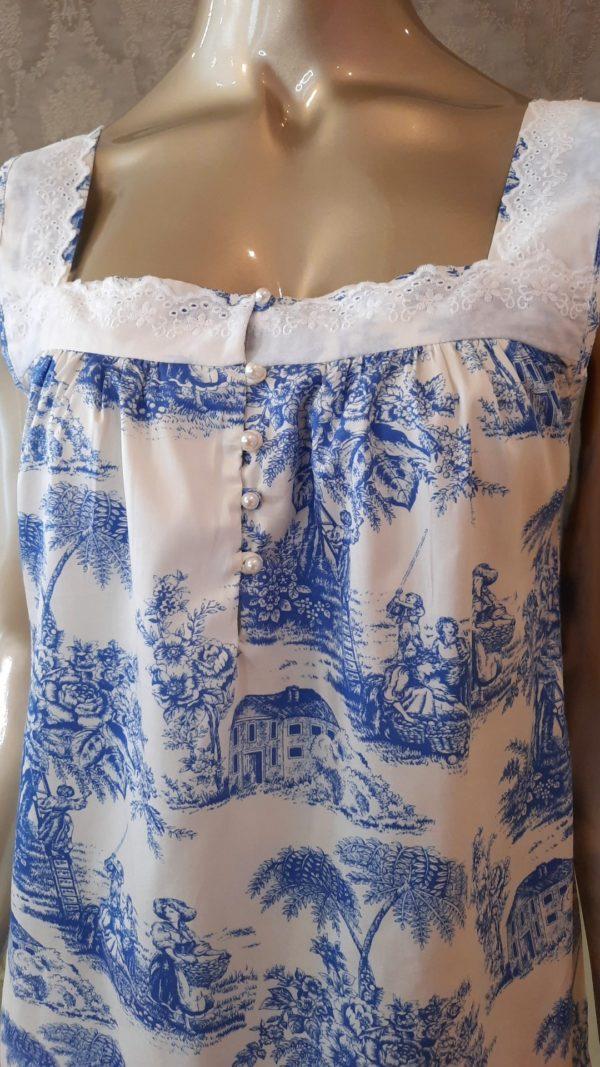 Manequim veste camisola regata curta manga toile de jouy azul