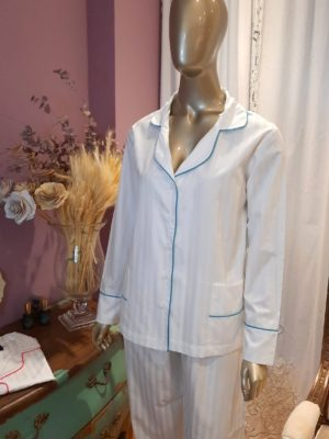 Pijama Maquinetado branco com debrum turquesa