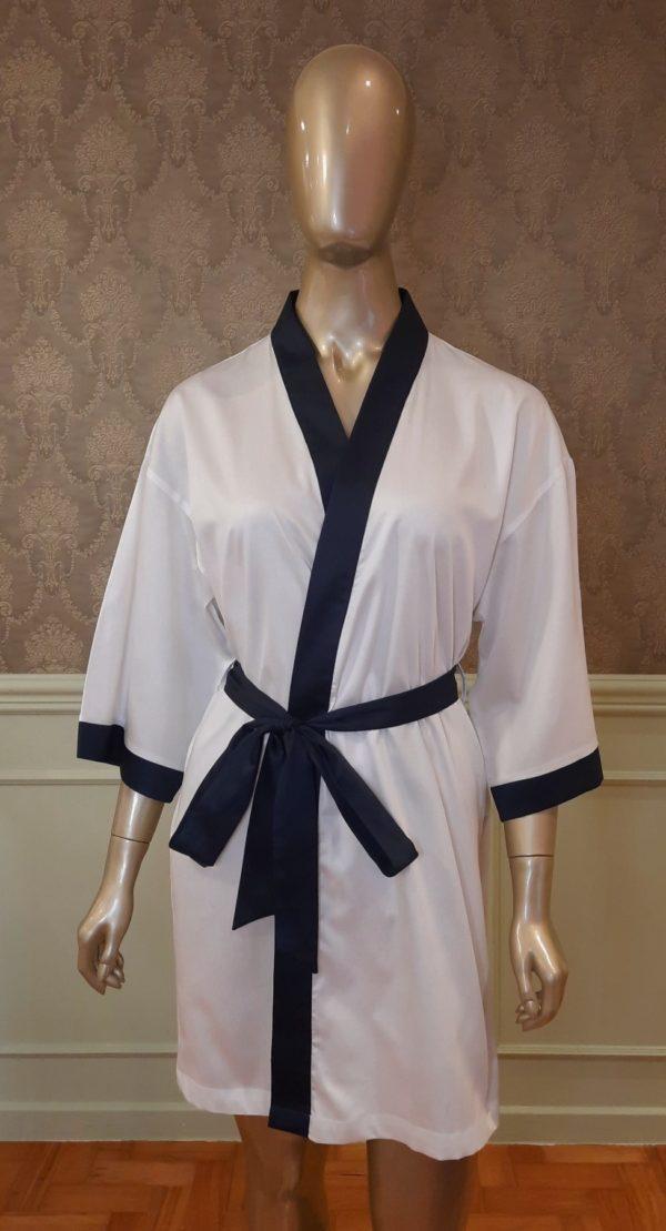 Manequim veste robe curto branca