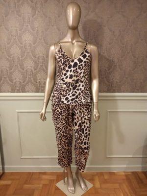 Pijama Leopardo Estilo Capri