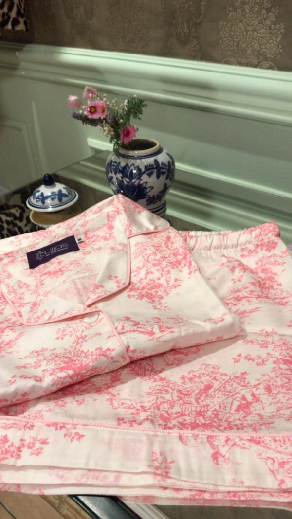 Pijama short e camisa manga curta toile de jouy rosa